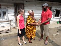 Gespraeche mit Bewohnern eines Armenviertels in Douala#Communitywork