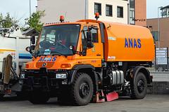 MERCEDES Unimog U500 (marvin 345) Tags: italy truck mercedes italia emilia camion trucks parma unimog autocarro mercedesunimog mercedesu500
