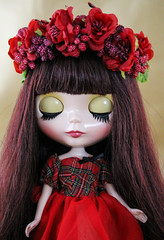 (twinkle_moon_bunny) Tags: flowers red white snow floral berry berries dress head delicious blythe