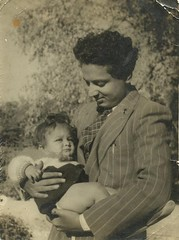 Ahmed Bashir Carrying Neelam Ahmed Bashir (Rashid Ashraf) Tags: ahmed neelam carrying bashir    ahmedbashir