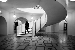 Walking down the staircase (5ERG10) Tags: bw white black london girl museum architecture stairs walking spiral concrete floor steel sunday mosaics ground arches smith bn staircase balconies marble lower february rotunda sidney stainless tatebritain millbank balustrades 2014 italianate domed carusostjohn 5erg10 fanmotif sergioamiti