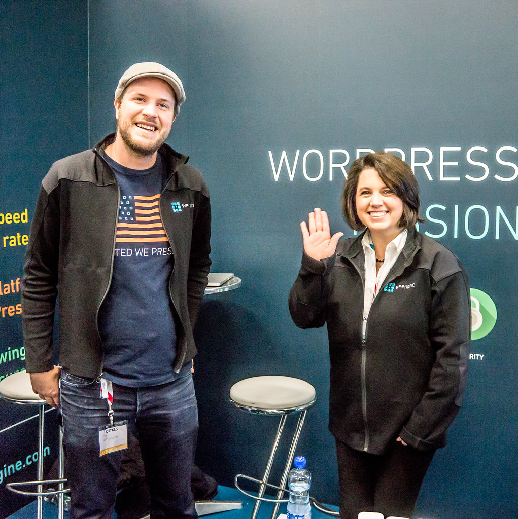 NICE LADY FROM TEXAS SAYS HELLO ON BEHALF OF WPENGINE -  WEB SUMMIT DUBLIN 2014 [DAY TWO] Ref-3040
