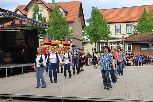 Line dancing Nicolaiplatz Wernigerode
