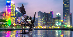 Guardian Angel (Ateens Chen) Tags: city sunset portrait people night landscape hongkong nikon bokeh admiralty ateens victoriaharbour ボケ perspectivecontrol tiltshiftphotography beatless goodsmilecompany d700 pcemicronikkor45mmf28ded グッドスマイルカンパニー flickrhongkong 18scalefigure 石長櫻子 iwanagasakurako flickrhkma