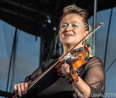 Eliza at the Freedom Festival (keithhull) Tags: elizacarthy singer musican fiddle gig concert hullfreedomfestival hull hullcityofculture2017 explore