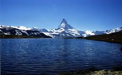 Alpine Lake (Film) (tsuping.liu) Tags: outdoor nature natureselegantshots naturesfinest mountain moment matterhorn landscape lighting lake