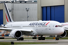Air France Boeing 787-9 500th 787 at PAE (F-HRBA) (wilco737) Tags: kpae pae snohomish county airport everett paine field international boeing boeing787 boeing789 b787 b789 b7879 787 789 7879 airplane plane flugzeug flugzeuge aviation fliegerei spotting spotter planespotter planespotting air france af afr 38769 ln500 ln 500 500th dreamliner fhrba