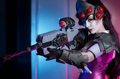 Overwatch (Nebulaluben) Tags: widowmaker tracer cosplay costume cosplayer gaming video game overwatch blizzard