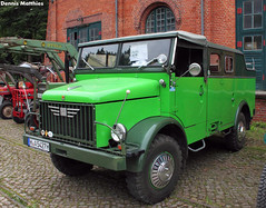 After Borgward (Schwanzus_Longus) Tags: army borgward box civil cross defence defense disaster emergency engine flatbed freight german germany goods green hannover hanover hoya military orange police polizei red relief transport truck vehicle vintage zoll b2000 zivilschutz fahrzeug auto laster outdoor