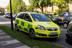 London Ambulance, Vauxhall Zafira (LFaurePhotos) Tags: 999 zafira ambulance ealing eastcotelane emergencyservices lj57uxo london northolt street vauxhall westlondon