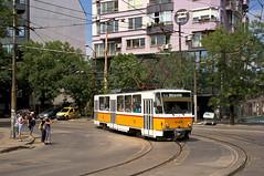T6B5-Wagen 4129 zwischen den Haltestellen 'bul. Levski' und 'ul. San Stefano' (Frederik Buchleitner) Tags: 4129 bulgaria bulgarien blgariya linie20 sofia stolitschenelektrotransportag strasenbahn streetcar t6b5 tatra tram trambahn tramvai     sofiacity blgariya straenbahn tramvai