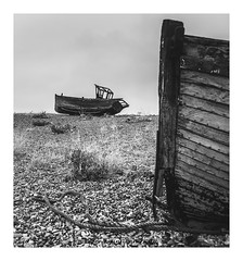 (frattonparker) Tags: nikond600 tamron28300mm raw lightroom6 frattonparker btonner dungeness boatwreck wreck ropes planks timbers stem stern cabin hulks hulls shingle beach carvel clinker monochrome