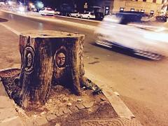 #roma #rome #romeandyou #vialetrastevere #trastevere #italy #italia #wood #legno #albero #tree #sculpture #scultura #faccia #face #faces #facce #massimopisani (massimopisani1972) Tags: instagramapp square squareformat iphoneography uploaded:by=instagram instagram camera cameraphone iphone massimopisani roma rome romeandyou vialetrastevere trastevere italy italia wood legno albero tree sculpture scultura faccia face faces facce