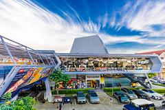 BeeHive Lifestyle Mall บีไฮฟ์ ไลฟ์สไตล์มอลล์ เมืองทองธานี