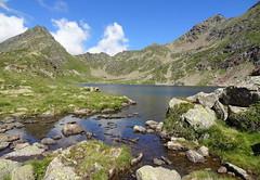 The spill-way (Estany Blau, Andorra) (HervelineG) Tags: andorre andorra portdesiguer lacbleu estanyblau 2395m etangblau montagne mountain lac lake sortie paysage landscape spillway déversoir exit sony dschx9v
