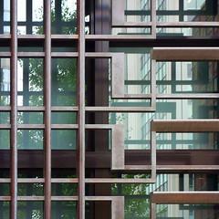 構成=Composition-105/Between multistoried lattices and trees (kouichi_zen) Tags: shadow window glass reflection tree green city iron lattice
