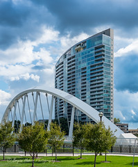 1 Miranova and Main Street Bridge (mirahu) Tags: archbridge inclined steel suspensionbridge glassfront
