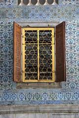 Istanbul (Alcu3- www.thisthatandthepassport.com) Tags: travel viaje tourism window turkey ventana istanbul palace tiles turismo turquia palacio mosaicos