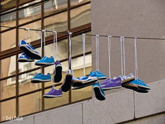(Roko Poljak) Tags: street detail shoes osijek croatia hrvatska slavonija borovo