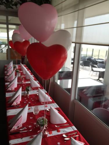 Tafeldecoratie 3ballonnen Hartballonnen Restaurant Grevelingen Bruinisse