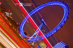 Light Up London (david gutierrez [ www.davidgutierrez.co.uk ]) Tags: city uk longexposure bridge blue red urban london art colors westminster architecture night photography 50mm perspective londoneye le londres lighttrails londra nocturne davidgutierrez pentaxk5