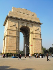 Delhi, January 2012 (leonyaakov) Tags: india holiday streets delhi triumph monuments citycenter sunnyday tr