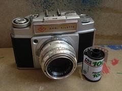 Agfa Ambi Silette and Pro Max film (Jim Davies) Tags: camera film 35mm photography rangefinder analogue agfa 100asa silette promax ambi veebotique
