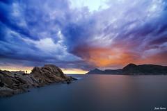 Its a Big Sky (Legi.) Tags: longexposure sunset clouds landscape atardecer nikon cloudy tokina nubes cartagena 116 marmediterrneo largaexposicin d600 portmn launin