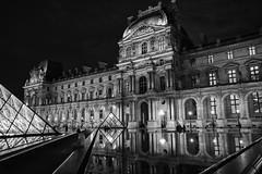 Paris: El Louvre, noche / Paris: Le Louvre nuit / Paris: The Louvre Night