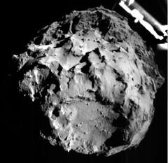 ROLIS descent image (europeanspaceagency) Tags: philae rosetta rolis 67pchuryumov–gerasimenko cometlanding