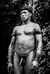 Enawene-Nawe (guiraud_serge) Tags: brazil portrait brasil amazon indian tribe ethnic indien matogrosso indio labret brésil tribu amazonie amazone forêttropicale ethnie kayapo kuikuro metuktire plateaulabial hautxingu parcduxingu sergeguiraud artducorps ornementcorporel