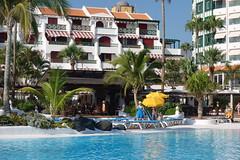 Playa de las Amricas: poolbar in Parque Santiago IV (JdRweb) Tags: parquesantiago playadelasamericas sonydscrx100 tenerife