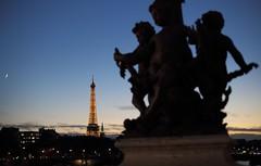 Silhouette (lgh75) Tags: theparisphotographymeetupgroup paris sunset couchdesoleil bridge pontalexandreiii pont twilight toureiffel seine silhouette