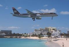 283bk - US Airways Boeing 757-2B7; N611AU@SXM;05.03.2004 (Aero Icarus) Tags: slidescan plane avion aircraft flugzeug princessjulianainternationalairport mahobeach saintmartin sxm