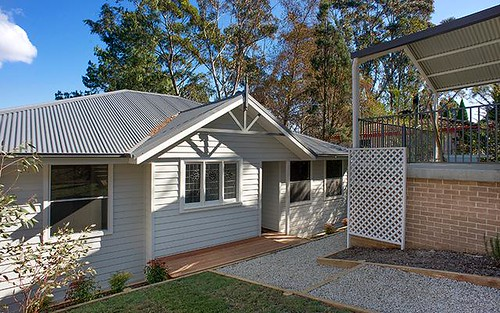 27a Freelander Ave, Katoomba NSW 2780