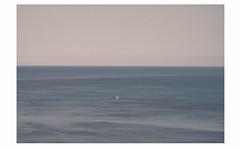 white flag in blue hug (partis90) Tags: fujifilm xe2 fuji superebc fujinon 90mm 40 xpanmount color farbe landscape photography