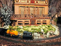 HTS-18 (Peter Parides) Tags: unitedstates christmas trains newyorkbotanicalgardens new york city newyork