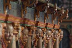 Rzeźbione wykończenia ławek kościelnych (jacekbia) Tags: europa polska poland mazury szestno kościół church zdobienia rzeźba drewniany wooden religia religion cherubin anioł anioły canon m42 135mm