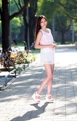 DP1U7114 (c0466art) Tags: pretty taiwan showgirl  good figure tall slim long legs sweet smile hair charming gorgeous outdoor portrait light canon 1dx c0466art