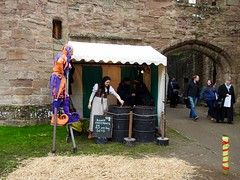 Ludlow Christmas Medieval Fayre 26 November 2016 (Cold War Warrior) Tags: hotchestnuts ludlow xmas christmas christmasfayre stilts medievalfayre