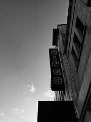 16-327 (Gray Singer) Tags: bingo streatham
