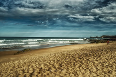 the beach (villasol.marian) Tags: landscape seascape waves beach beauty cantabriainfinita cantabrico sun surf clouds sky sand liencres