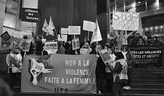 _DSF8776 (sergedignazio) Tags: france paris street photography photographie fuji xpro2 internationale lutte violences femmes