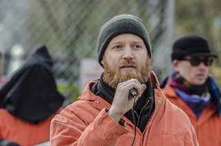 Chris Spicer Tells the Story of a Guantánamo Detainee Outside the White House