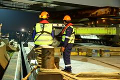 New pedestrian bridge DST_4138 (larry_antwerp) Tags: antwerpenmobiel ijzerlaan voetgangersbrug fietsbrug albertkanaal merksem roroiii victrol aertssen besix antwerp antwerpen       port        belgium belgi          ponton pontoon roroii