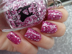 Drica - Glamour + Tango - 10 (Barbara Nichols (Babi)) Tags: drica glamour tango glitterrosa glitterbranco glitterrosaebranco glitter nails mos unhas nailpolish rosa pink pinknailpolish