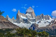 Chalten (Luis_Garriga) Tags: chalten monte mountain fitzroy cielo nubes glaciar bosque parquenacional losglaciares santacruz argentina patagonia