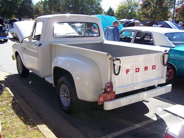 white ford f100 1966