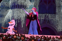 A Frozen Holiday Wish (disneylori) Tags: christmas anna olaf frozen princess disney disneyworld characters wdw waltdisneyworld magickingdom disneyprincess disneycharacters nonfacecharacters frozencharacters frozenholidaywish facecharacteers