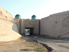 DSCN5501 (bentchristensen14) Tags: uzbekistan citywall khiva ichonqala